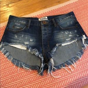 One Teaspoon Distressed Jean Shorts 26